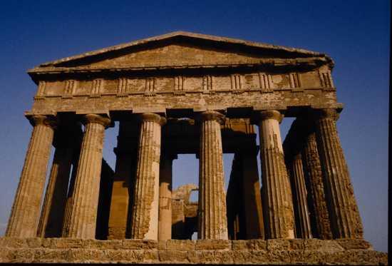 valle dei templi, tempio della concordia - Agrigento (3604 clic)