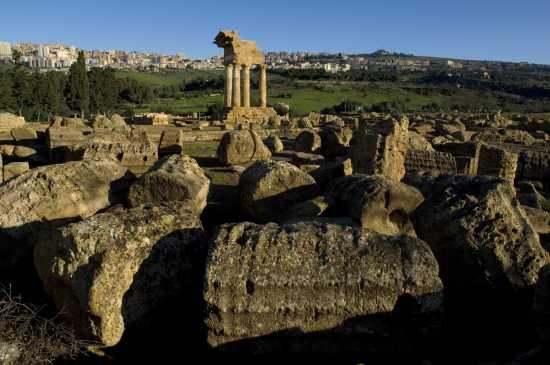agrigento, tempio dei dioscuri (2834 clic)