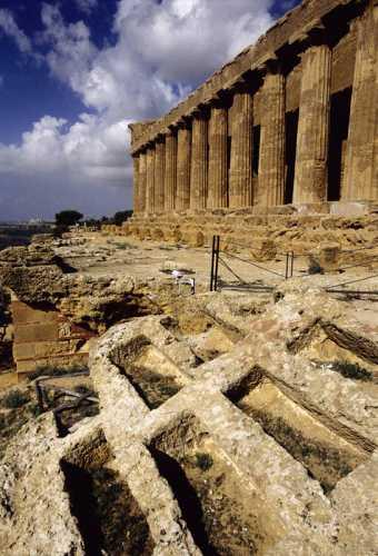 agrigento, valle dei templi, tempio della concordia (2503 clic)
