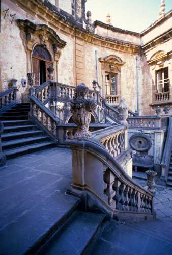 bagheria, villa palagonia, (4096 clic)