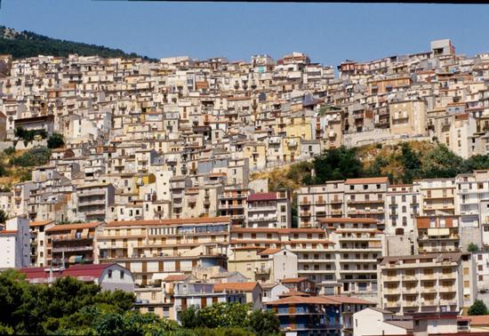 cammarata, paesaggio urbano (5654 clic)