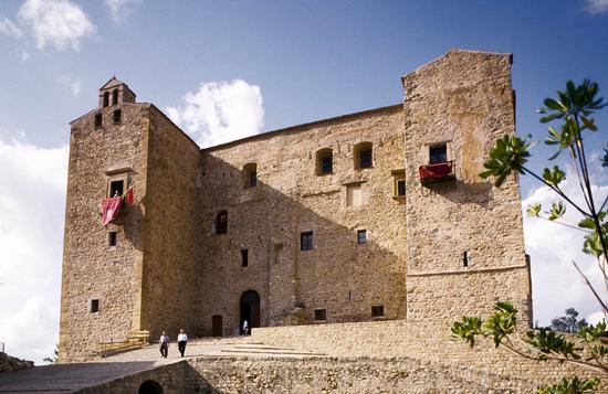 castelbuono, il castello (3579 clic)