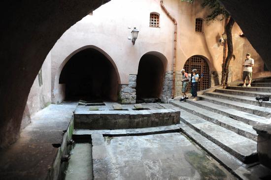 cefalu', il lavatoio arabo | CEFALÙ | Fotografia di luigi nifosì