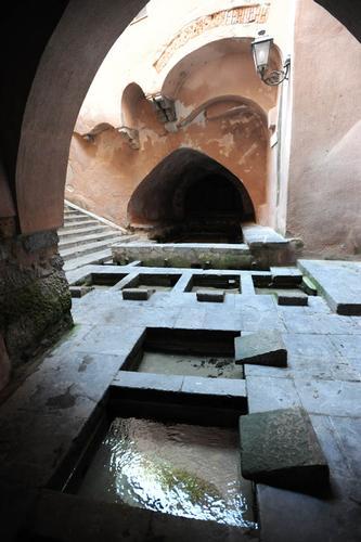 cefalu', il lavatoio arabo - Cefalù (3456 clic)
