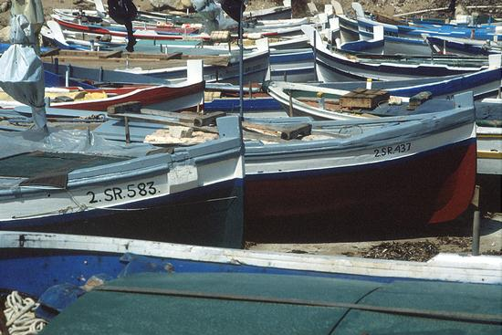 donnalucata, barche in secco (3010 clic)