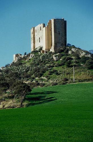 gela, contrada castelluccio, il castello chiaramontano (3134 clic)