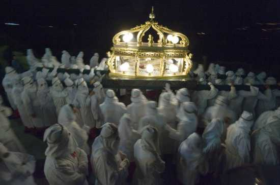 leonforte, processione del venerdi' santo (7680 clic)