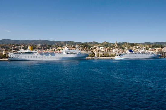 messina, il porto turistico (3937 clic)