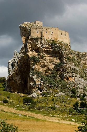 mussomeli, il castello (3075 clic)