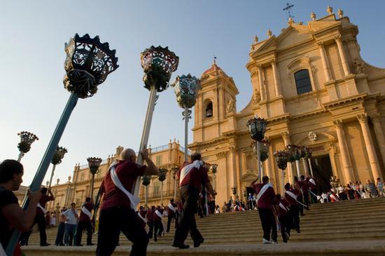 noto, processione di san corrado (6347 clic)