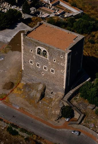 paterno', il castello visto dall'alto - Paternò (5311 clic)