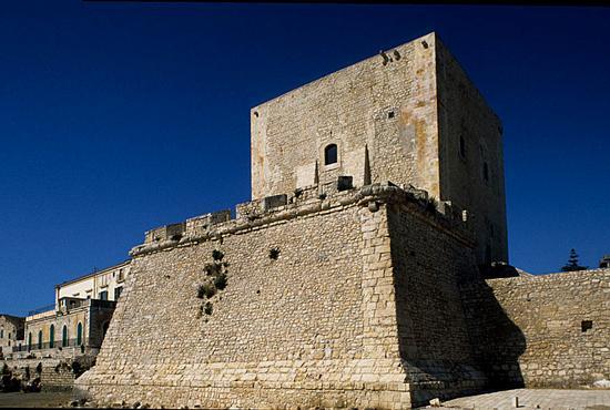 pozzallo, la torre cabrera  (4484 clic)