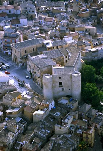 racalmuto, veduta aerea del centro storico (3834 clic)