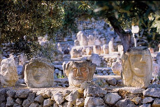 sciacca, il giardino incantato di bentivegna (5452 clic)