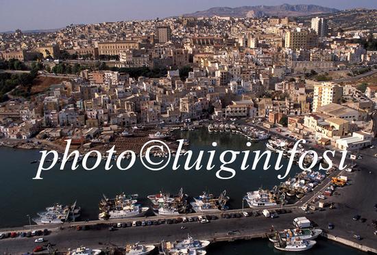 sciacca, il porto visto dall'alto (4400 clic)