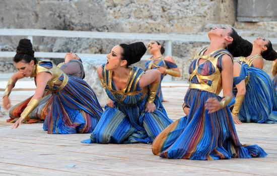 teatro greco, rappresentazioni classiche 2010 - Siracusa (6103 clic)