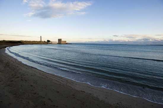 vendicari, la tonnara e il mare al tramonto (5466 clic)