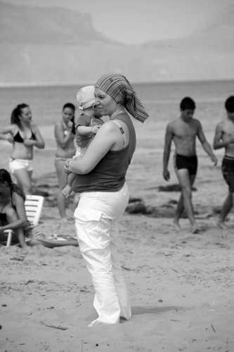 Mamma col bambino - Balestrate (3260 clic)