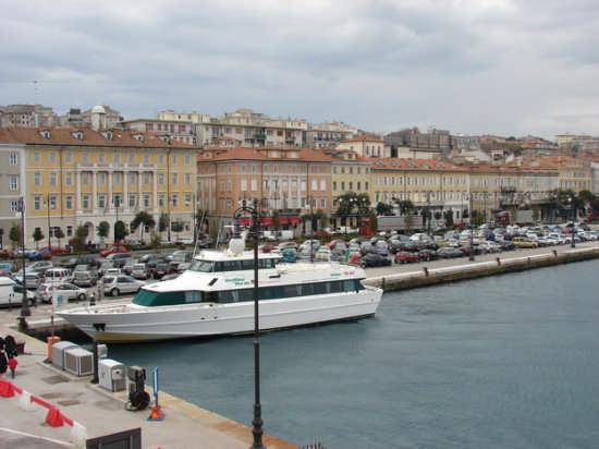 Trieste (2200 clic)