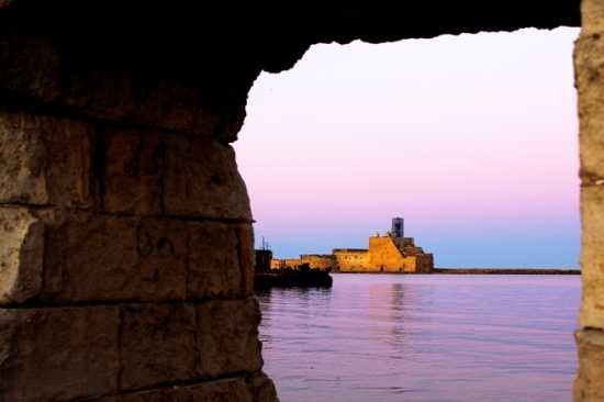 Castello Alfonsino - Brindisi (4781 clic)
