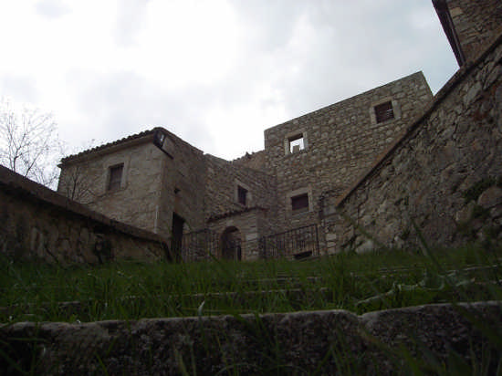 Il Castrum - Roccacaramanico (2451 clic)