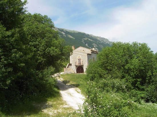Roccacaramanico - Parco Nazionale della Majella (2500 clic)
