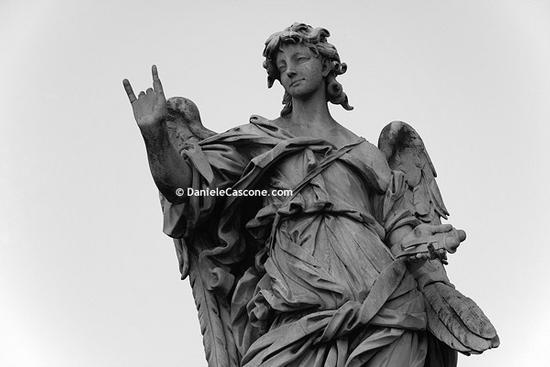 Gesto angelico (Roma, Ponte Sant'Angelo) (4324 clic)