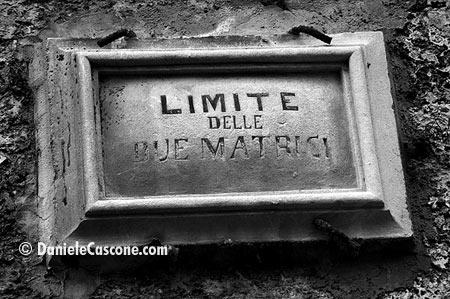 Limite delle due matrici - Modica (4503 clic)