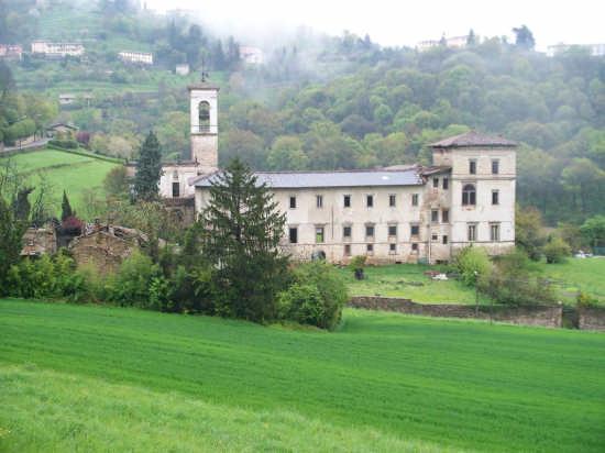 Astino antico monastero lato nord - Bergamo (4079 clic)
