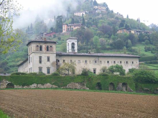 Astino antico monastero lato ovest - Bergamo (3031 clic)
