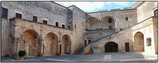 Castello - Copertino (3727 clic)