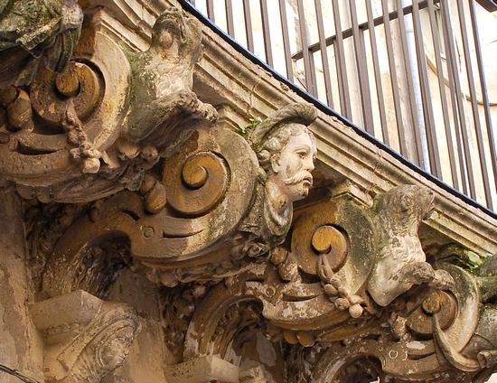 Particolare balcone - Lecce (3775 clic)