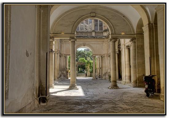 Palazzo TAFURI - Lecce (7244 clic)