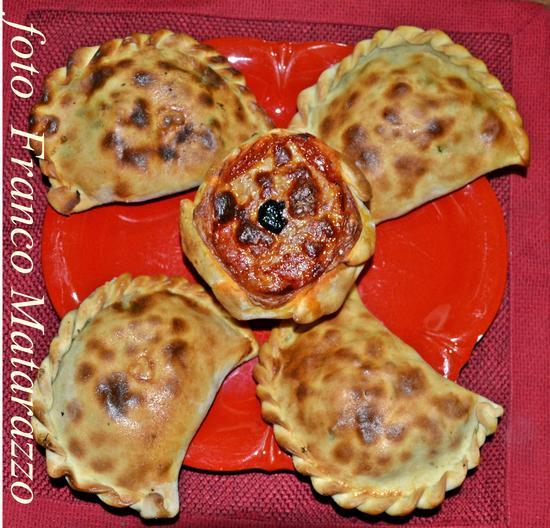 La cucina di Ciccio:  scacci (focacce) - Rosolini (2104 clic)