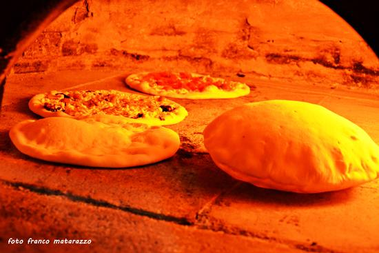 Le pizze di Ciccio, si gustano da Santo - Rosolini (2671 clic)