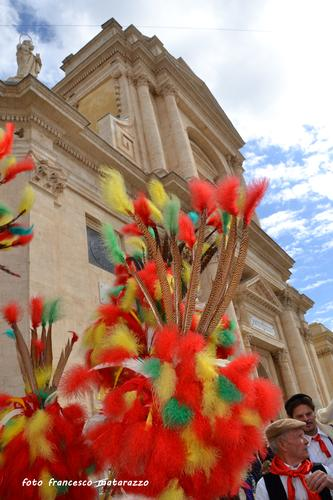 Magia di Colori in un'atmosfera di festa: S. Giuseppe - Rosolini (3133 clic)