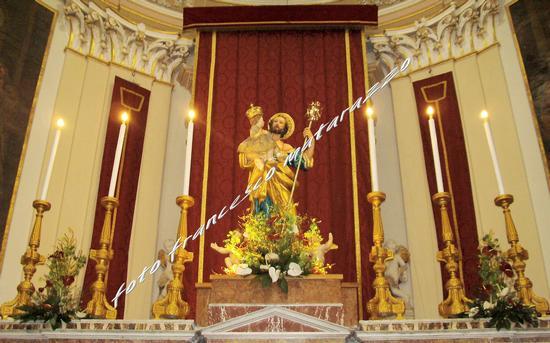 ALTARE CHIESA MADRE:SAN GIUSEPPE - Rosolini (4660 clic)