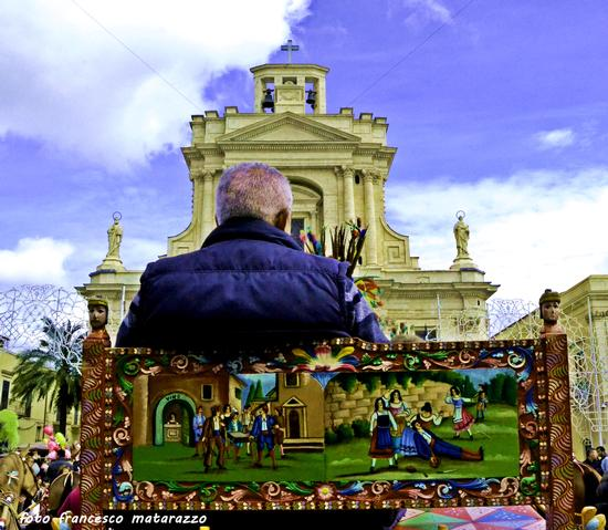 Festa di S. Giuseppe: sfilata di carretti siciliani...un mondo di colori - Rosolini (1954 clic)