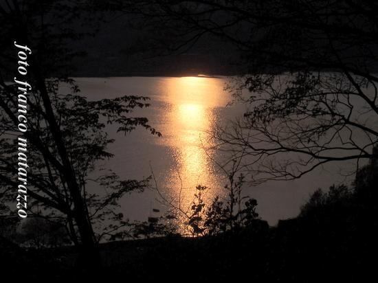 lago di Vercurago:tramonto (1128 clic)