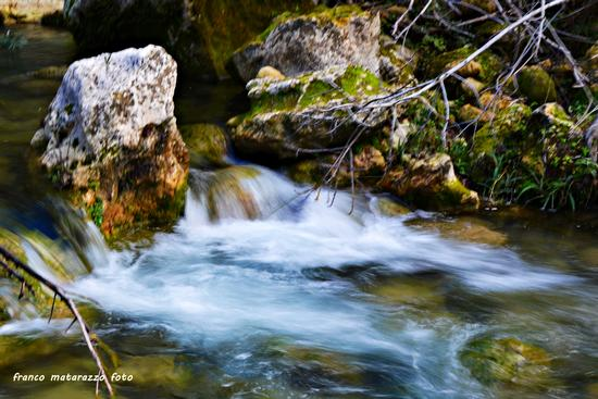 CAVA GRANDE:Solo il suono dell'acqua - Avola (2047 clic)