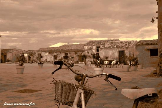 pedalando x Marzamemi (1654 clic)