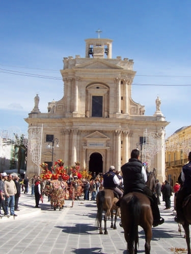 ROSOLINI:Festa di San Giuseppe (2706 clic)