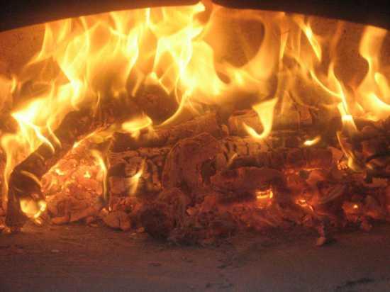 Si accende il forno - Trinitapoli (1229 clic)