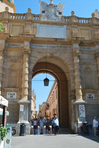 Porta Garibaldi - MARSALA - inserita il 29-Aug-12