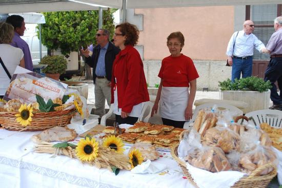 42° Sagra delle ciliegie 12 giugno 2011 - Chiusa sclafani (2520 clic)