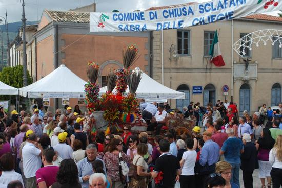 42° Sagra delle ciliegie 12 giugno 2011 - Chiusa sclafani (2051 clic)
