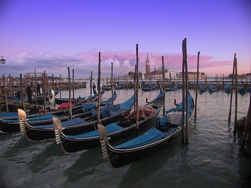 Góndolas - Venezia (8408 clic)