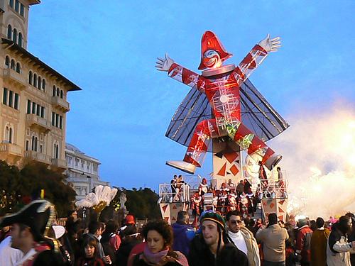 Carnaval de Viareggio (2891 clic)