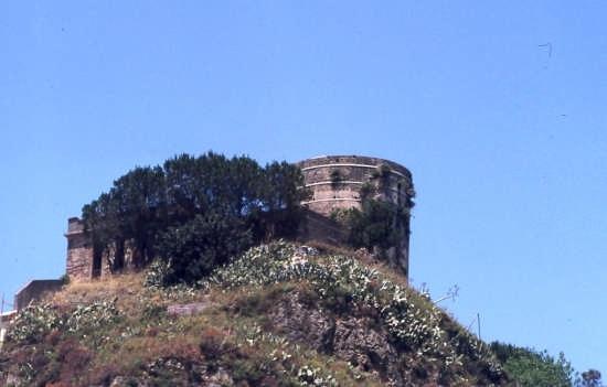 Torre di Federico - Castroreale (2715 clic)