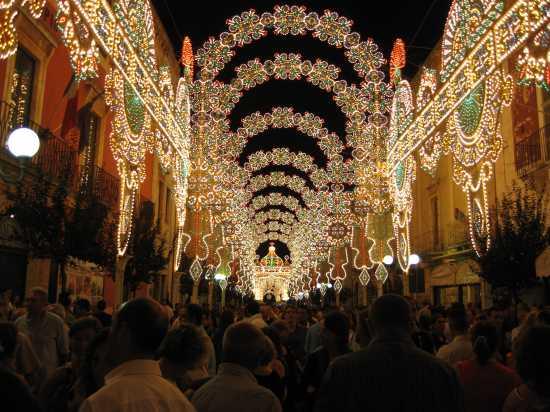 FESTA PATRONALE SANT' ORONZO - TURI - inserita il 23-Oct-09